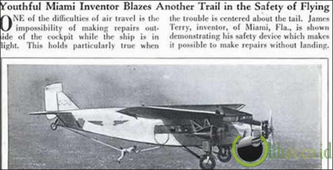 Pilot yang Dapat Memperbaiki Pesawat dari Luar Saat Di Udara