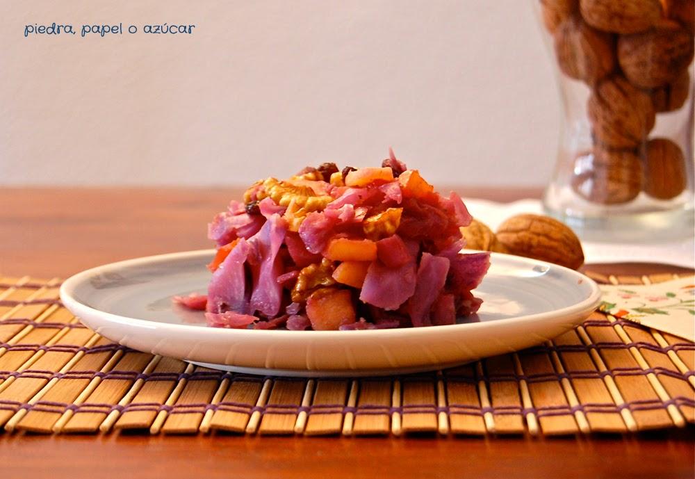 Piedra papel o az car lombarda con manzana pasas y nueces for Cocinar lombarda