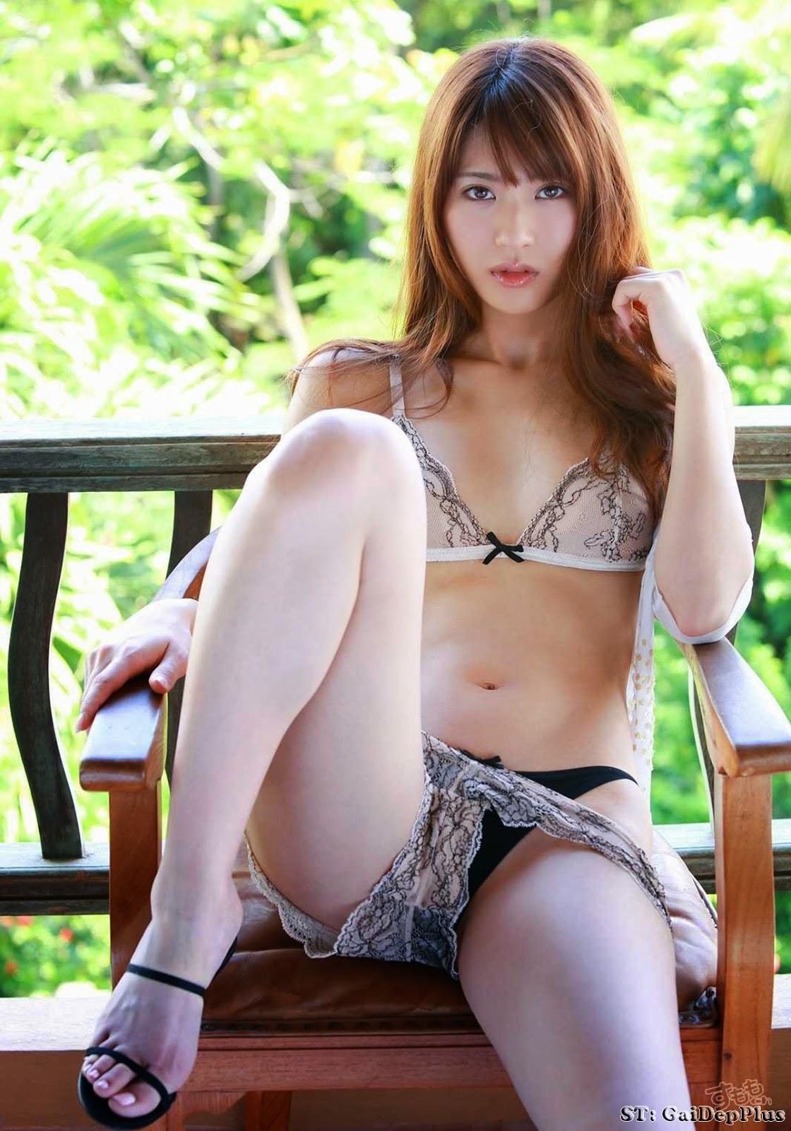 Saki Yamaguchi showing hot body | Beautiful Girl