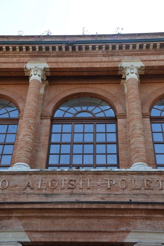 Piazza Cavour Rimini window