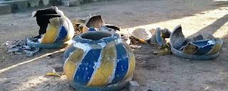 Vândalos danificam e quebram vasos da Prefeitura Municipal de Nova Floresta