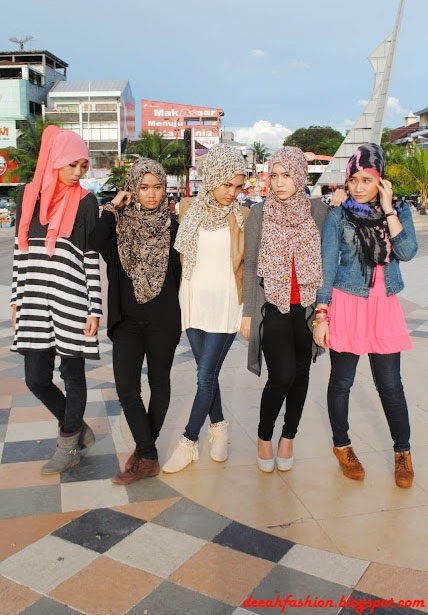 Streetstyle Remaja Hijabers Natural Geeky