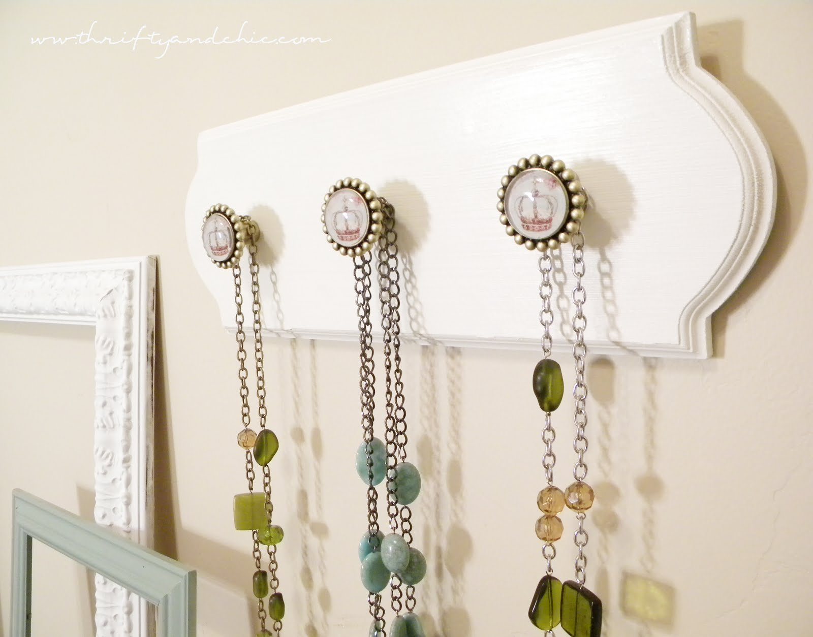 Thrifty and Chic DIY Projects and Home Decor