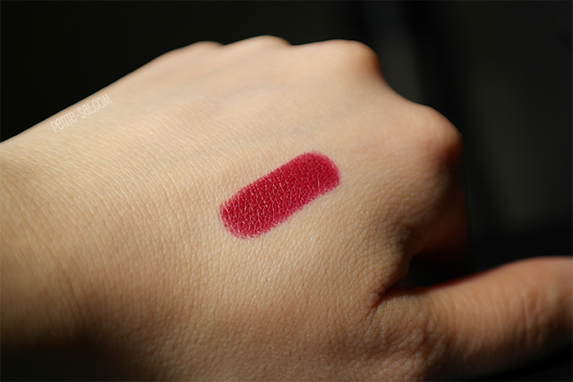 color swatch diva mac lipstick