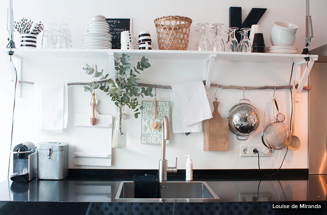 Chaise Cuisine Framboise :  cuisine grecque  décoration de blog, publicté, etc class design