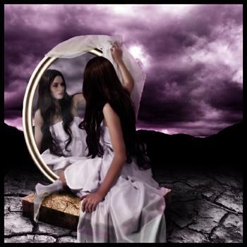 Ricordati di te - Specchio che si rompe da solo ...