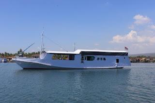 Paket 4H3M Lombok - Komodo Sailing Trip