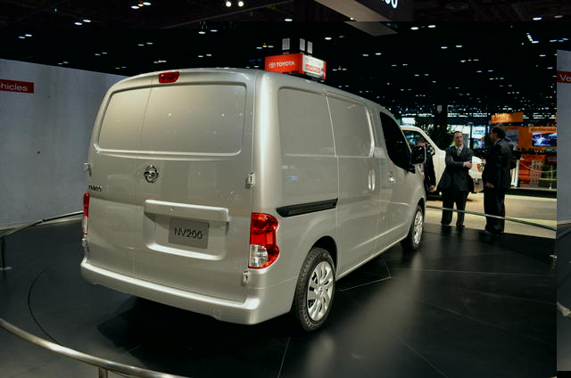 2013 nissan nv200 magisblogautotrendmagis. Black Bedroom Furniture Sets. Home Design Ideas