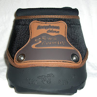Massachusetts based Farrier displaying the front view of the Easyboot Glove Back Country