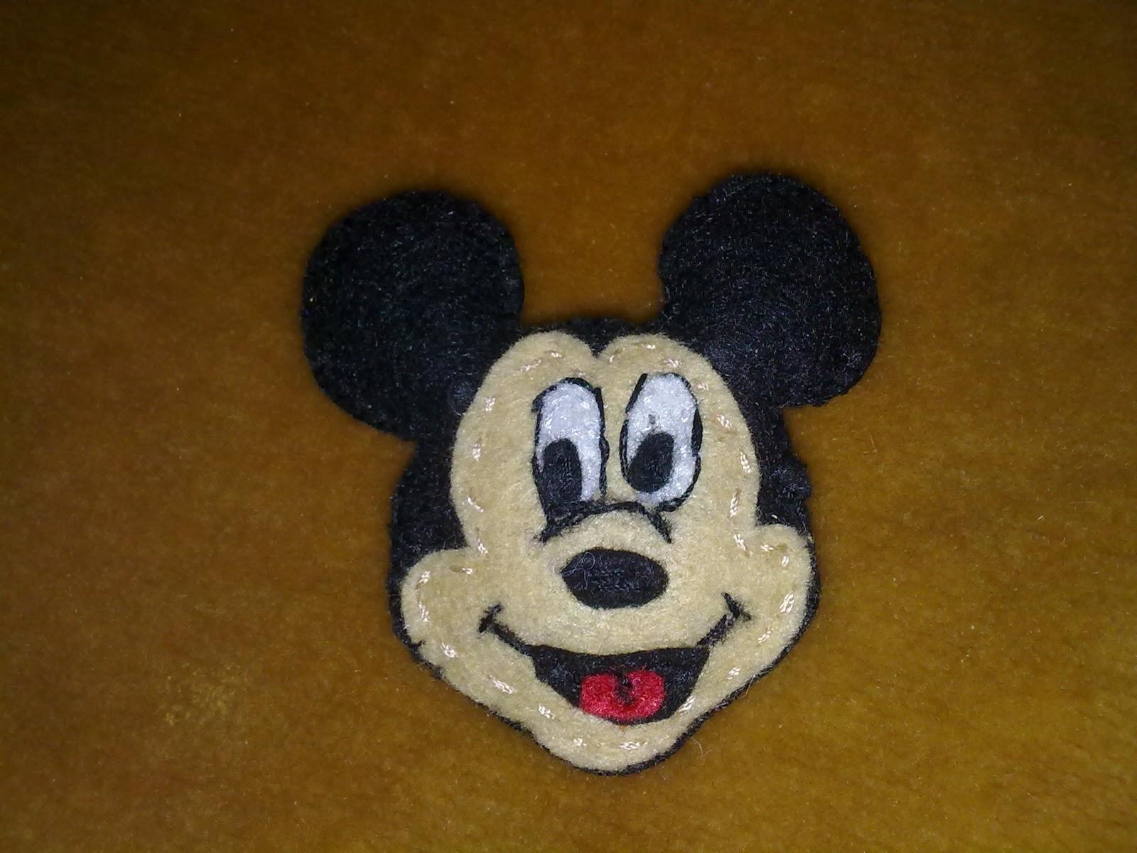 Mickey minnie broches de fieltro y manualidades - Broches para manualidades ...