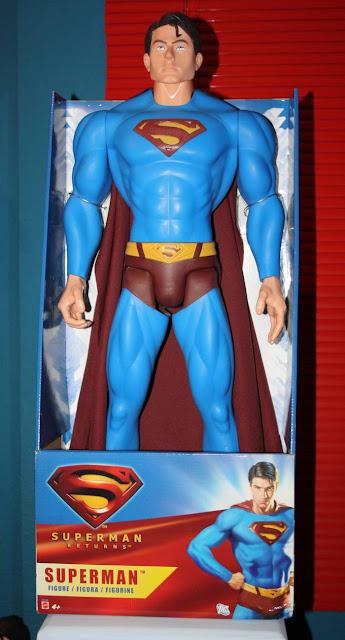 Coleccionable de la semana la figura gigante de superman for Espejo que habla juguete