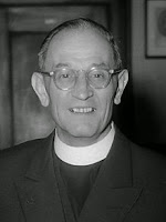 El pastor Martin Niemöller comprendió tarde que los seres humanos no deben jamas negociar con la barbarie.