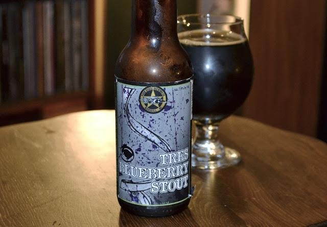 Dark Horse Tres Blueberry Stout