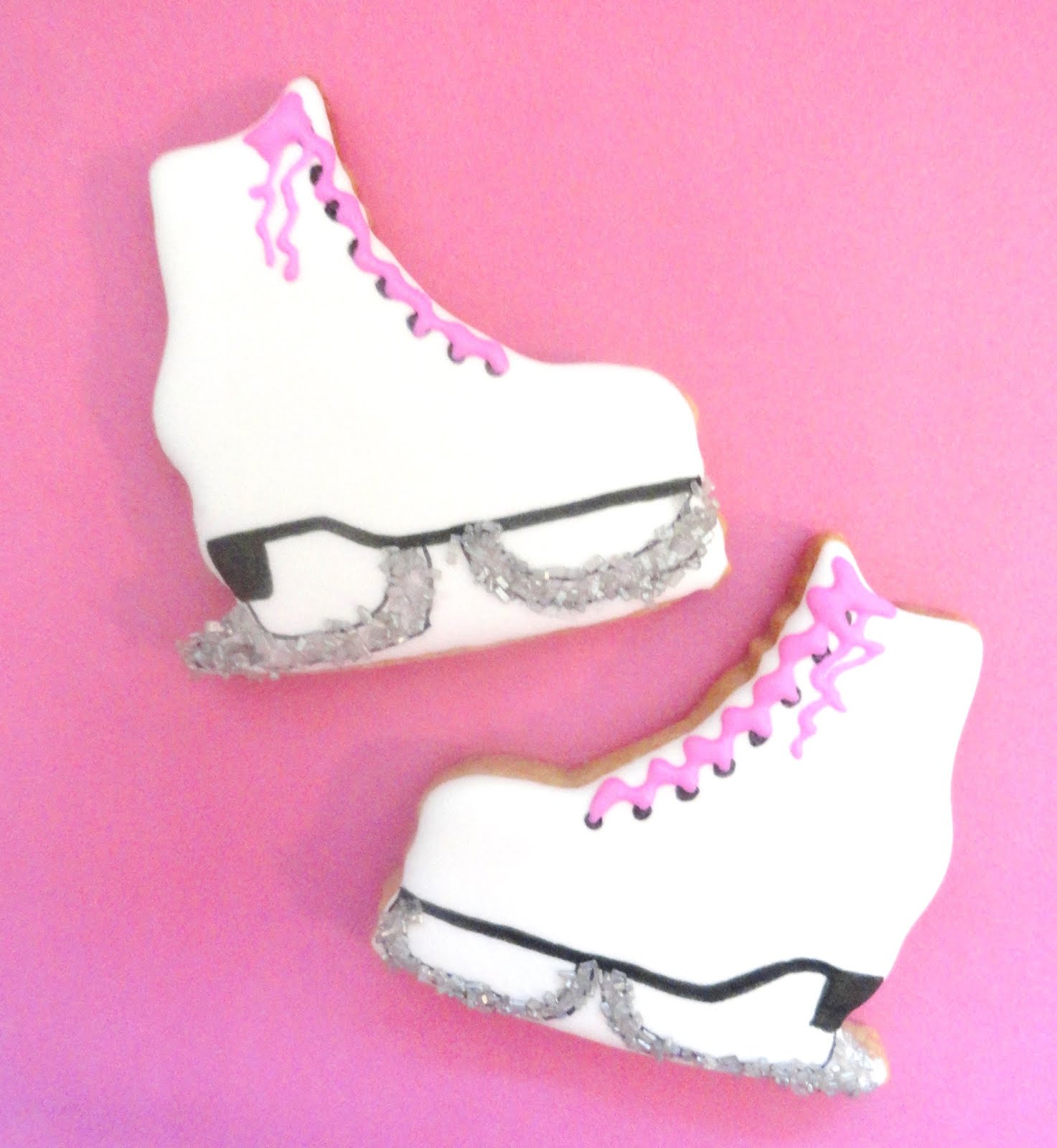 Pink Little Cake Sparkly Winter Ice Skate Mittens And