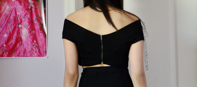 Back view of the off-shoulder wrap crop top from Milanoo.