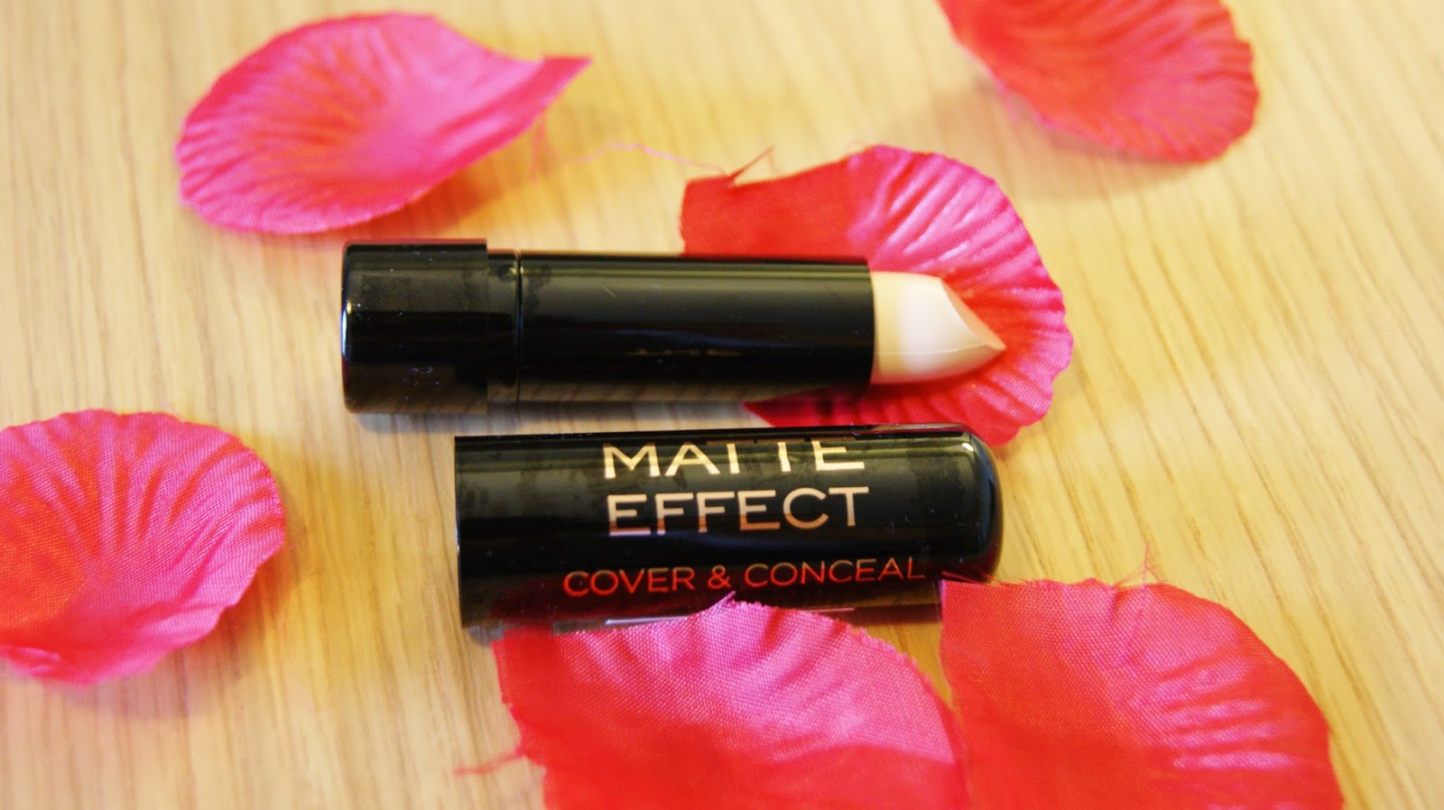 Makeup Revolution Matte Effect Concealer Review