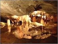 Una de las salas de la Cueva del Tesoro, situada en el municipio malagueño oriental de Rincón de la Victoria, puerta de la Axarquía, a 10 kms. de Málaga capital