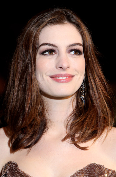 trends hairstyle haircuts 2013 anne hathaway hair styles
