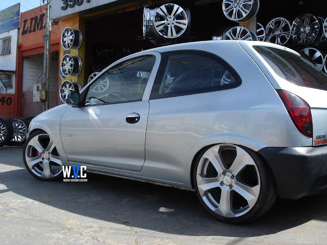 """Celta com rodas da BMW X6 aro 18"""""""