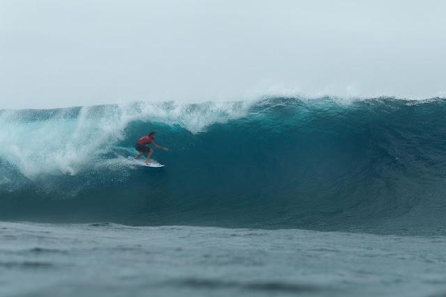 32 Matt Wilkinson Billabong Pro Tahiti Foto WSL Stephen Robertson