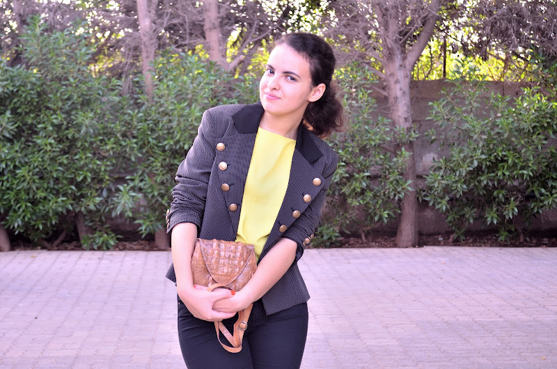 moroccan fashion blogger meelena wearing a military power shoulder jacket