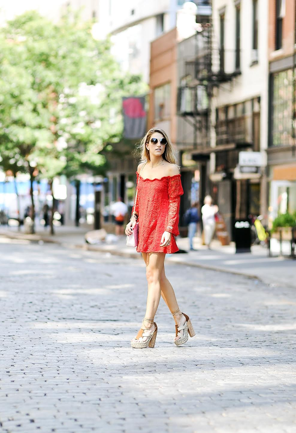 soho street style, for love lemons lace dress