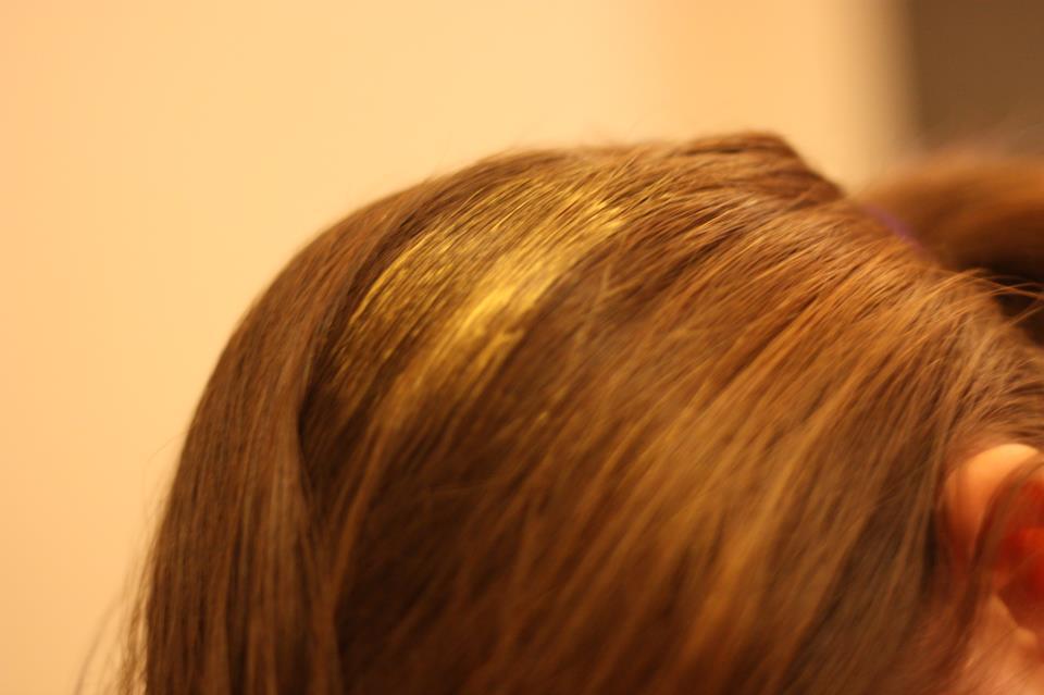 elle est blonde cela se voit bien mais elle a aussi test sur cheveux chtains et cela se voit encore mieux - Coloration K Pour Karit