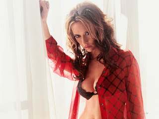 Jennifer Love Hewitt Hot Mood Wallpaper in Red, Jennifer Love Hewitt sexy walpaper, Jennifer Love Hewitt sexy mood, Jennifer Love Hewitt red ingerie wallpaper, Jennifer Love Hewitt sexy bikini wallpaper, Jennifer Love Hewitt hollywood actress wallpaper