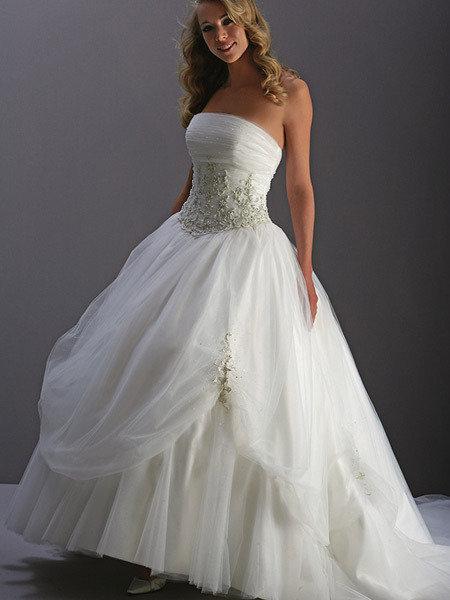 Vestidos con corset para novias