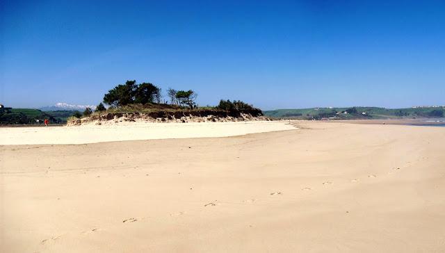 Playa La Rabia en Oyambre