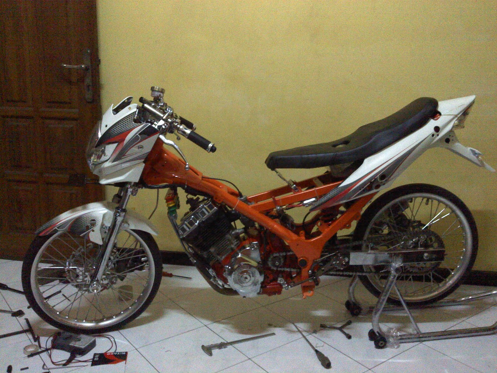 racing look satria fu 150 ~ the new drag bike