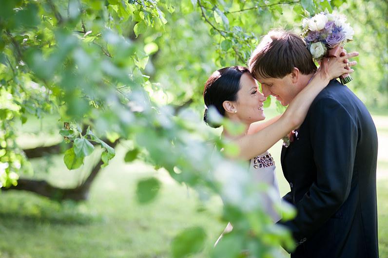 romantiška vestuvių fotosesija Burbiškių dvaro parke
