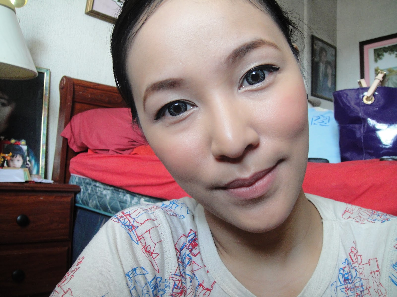 Video tutorial corporate makeup look vanity and everything in maybelline mineral foundation in buff benefit erase paste in medium benefit stay dont stray eye primer benefit cream eyeshadow in birthday suit baditri Choice Image