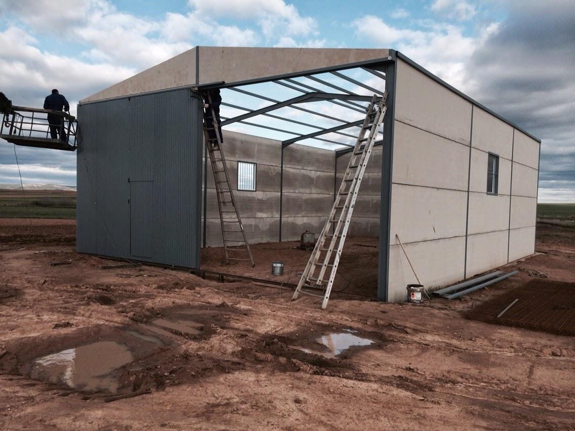 Estructura para un techo a dos aguas estructuras - Cubiertas para techos ...