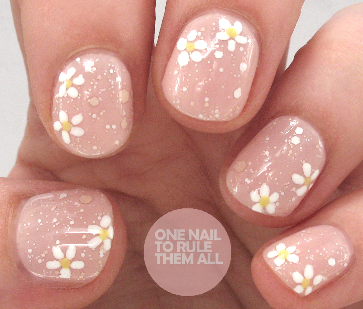 OPI Nail Envy Strength & Colour - Bubble Bath Daisies | One Nail To ...