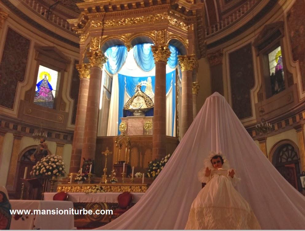 Día de la Candelaria en la Basilica de la Virgen de la Salud de Pátzcuaro