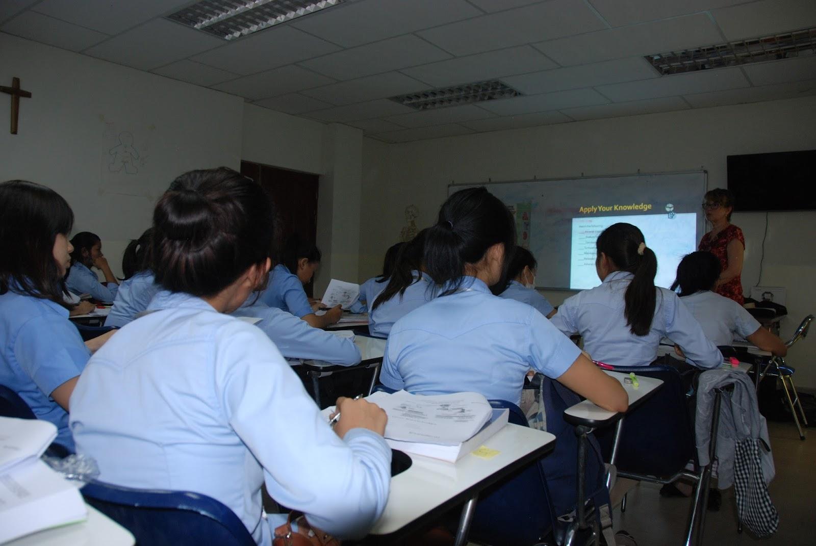 Cambodia Hebron University 2nd year Nursing students playing ...