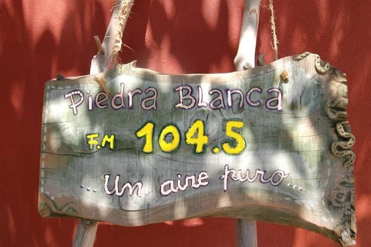 RADIO PIEDRA BLANCA  104.5
