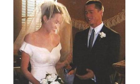 Hot Wallpaper: Angelina Jolie and Brad Pitt wedding.