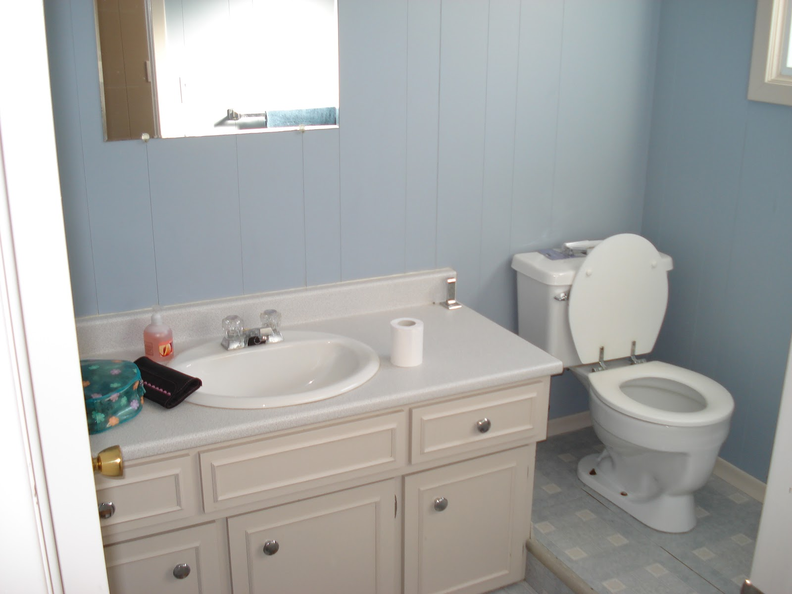 Design by Abbey: Downstairs Bathroom Re-DO!