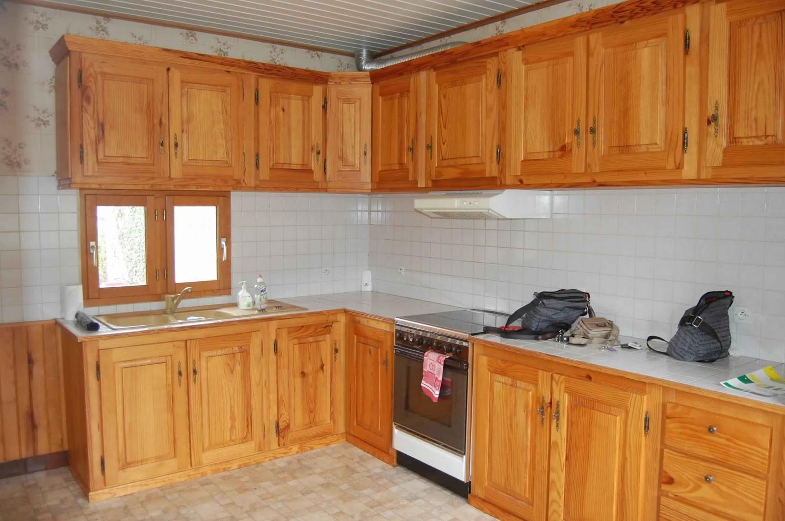 Peindre meubles cuisine en bois id e - Teindre un meuble en bois ...
