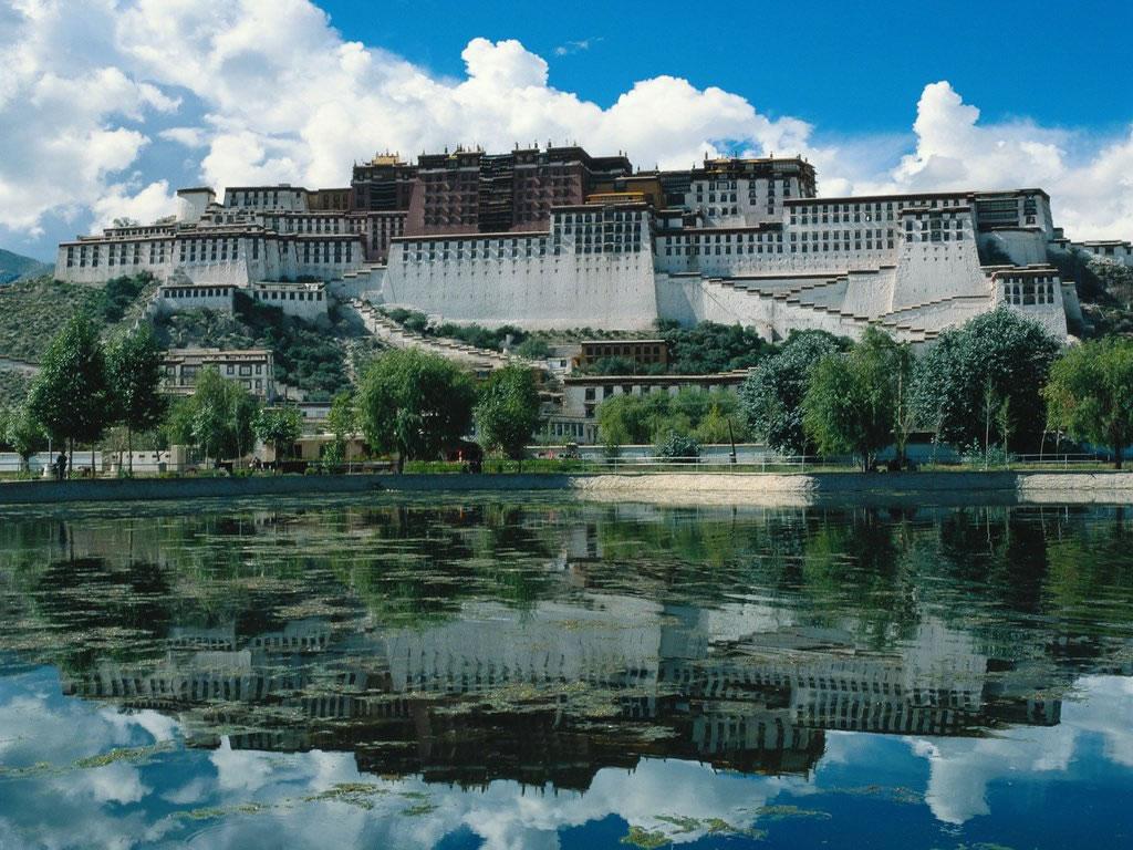 http://1.bp.blogspot.com/-yDz_tl8S1kw/TotxnAqVCYI/AAAAAAAAARE/X_mEIvzW7_s/s1600/1454-china-tibet-wallpaper.jpg