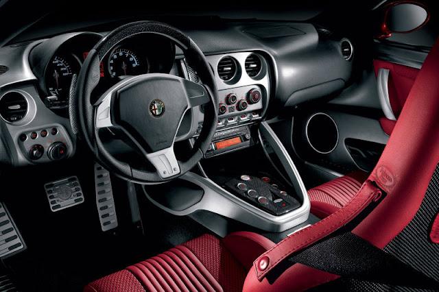 2007-Alfa-Romeo-8C-Competizione-Interior-front