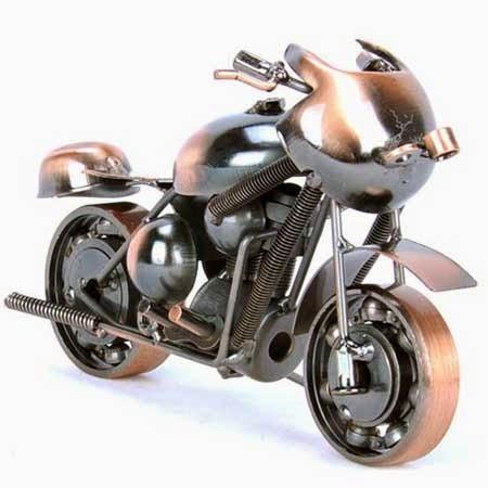 gambar motor mainan unik