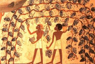 La riqueza de Egipto se reflejaba además de en sus campos, huertas, viñedos o palmeras, en las grandes obras de arte.