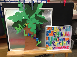 Magnetic letters and a palm tree how simple