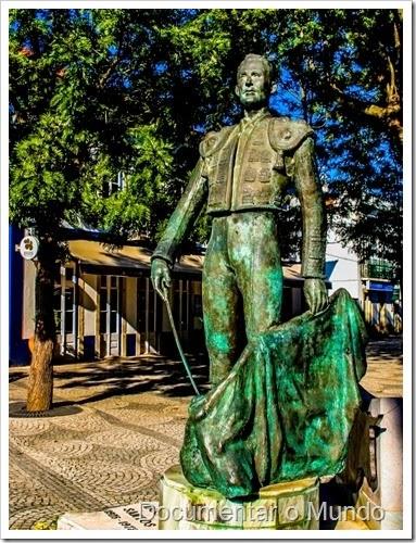 Estátua de Manuel dos Santos; Golegã