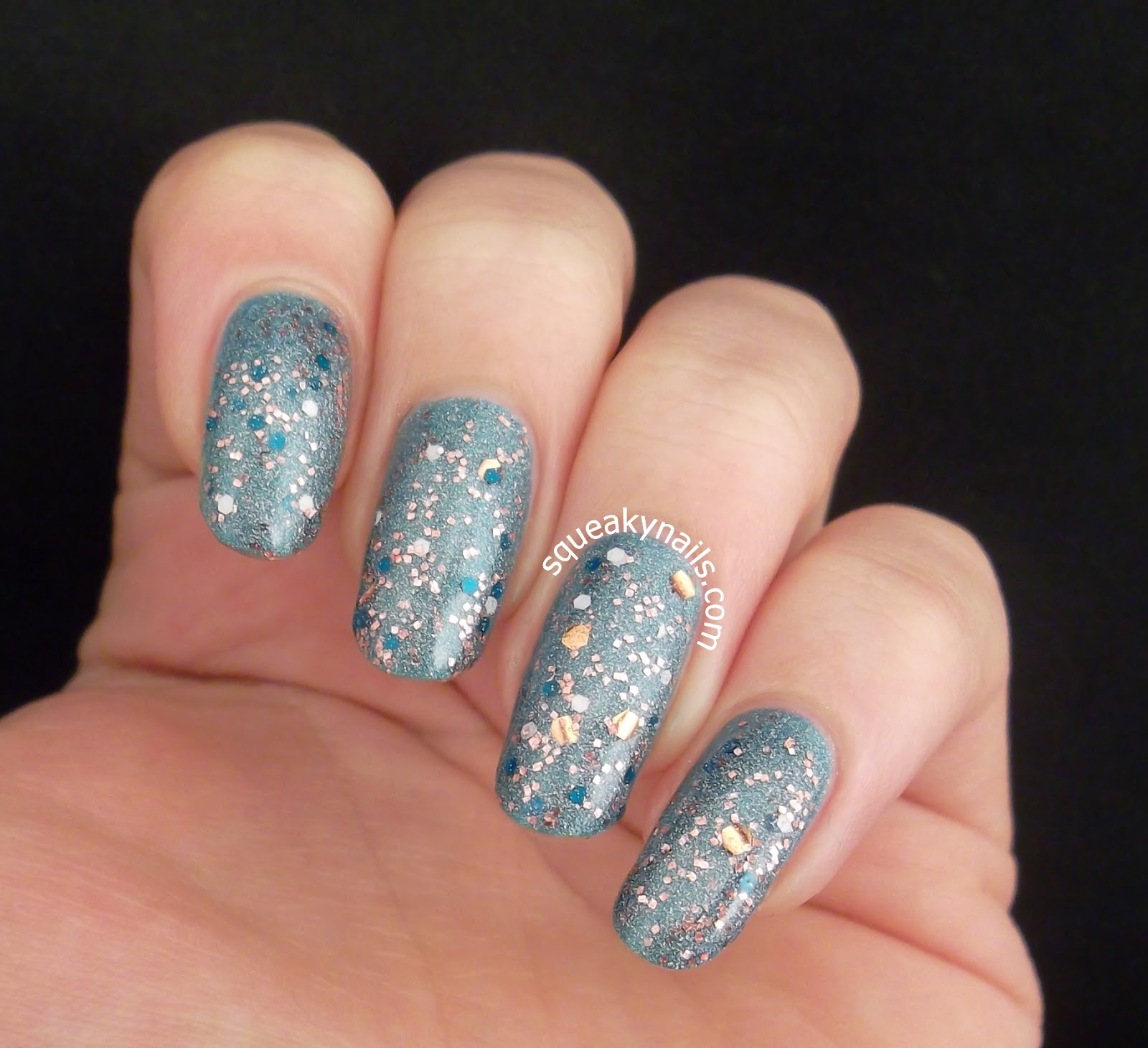 Canvas Lacquer Yorkville Splurge over Canvas Lacquer Polar Bear Dip | Squeaky Nails