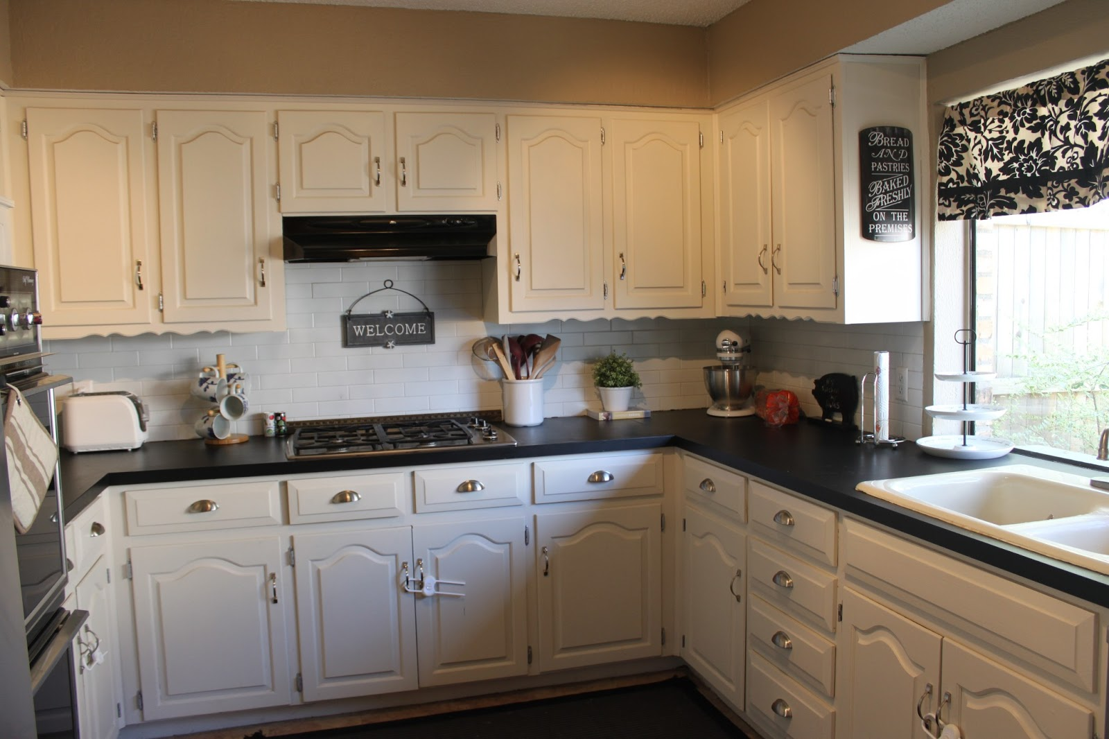 Countertop Paint Near Me : love my kitchen. The counters still look amazing.