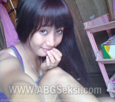 foto cewek facebook binal hot
